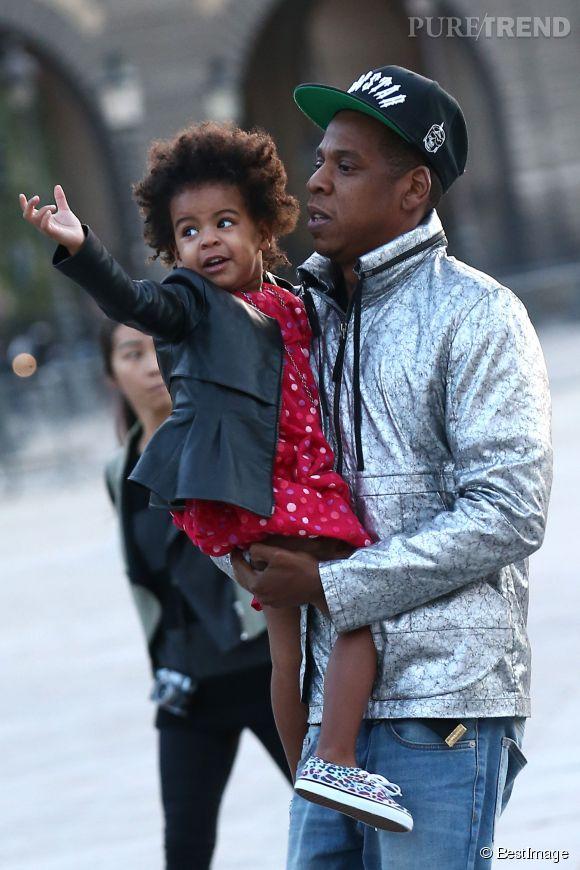 Jay-Z et sa fille arrivant au Louvres.