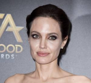 Angelina Jolie, un canon de beauté en célibataire aux Hollywood Film Awards