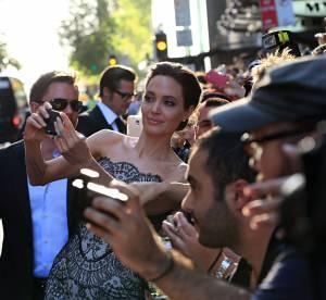 Angelina Jolie : séance de selfies avec ses fans à Sydney