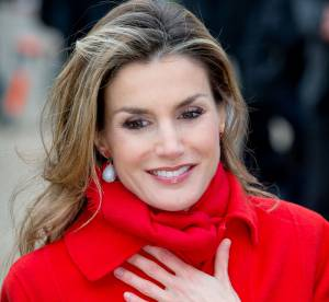 Letizia d'Espagne : un manteau rouge vif qui fait rougir