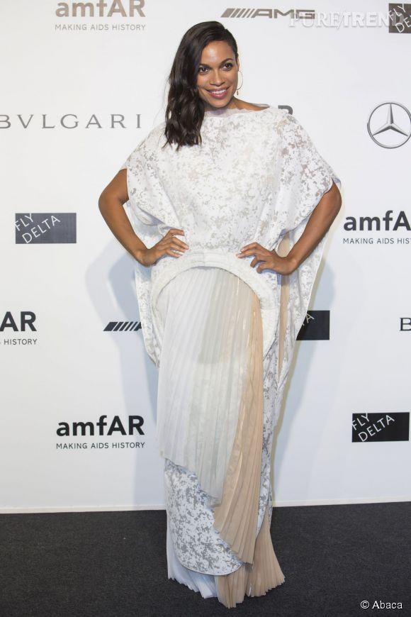 Rosario Dawson en septembre 2009 à l'occasion du gala de l'amfAR pendant la Fashion Week milanaise.