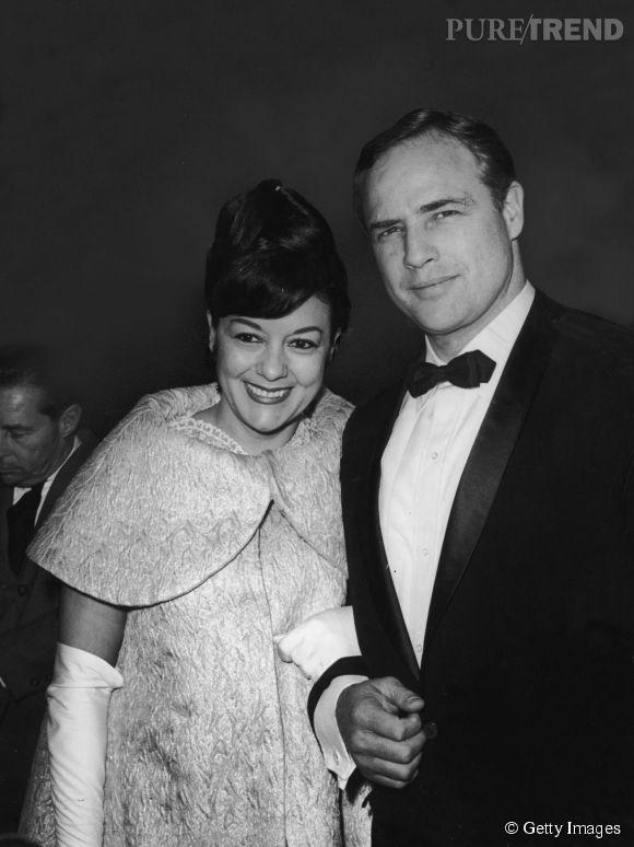 Marlon Brando et Movita Castaneda, sa seconde épouse, photographiés en 1961.