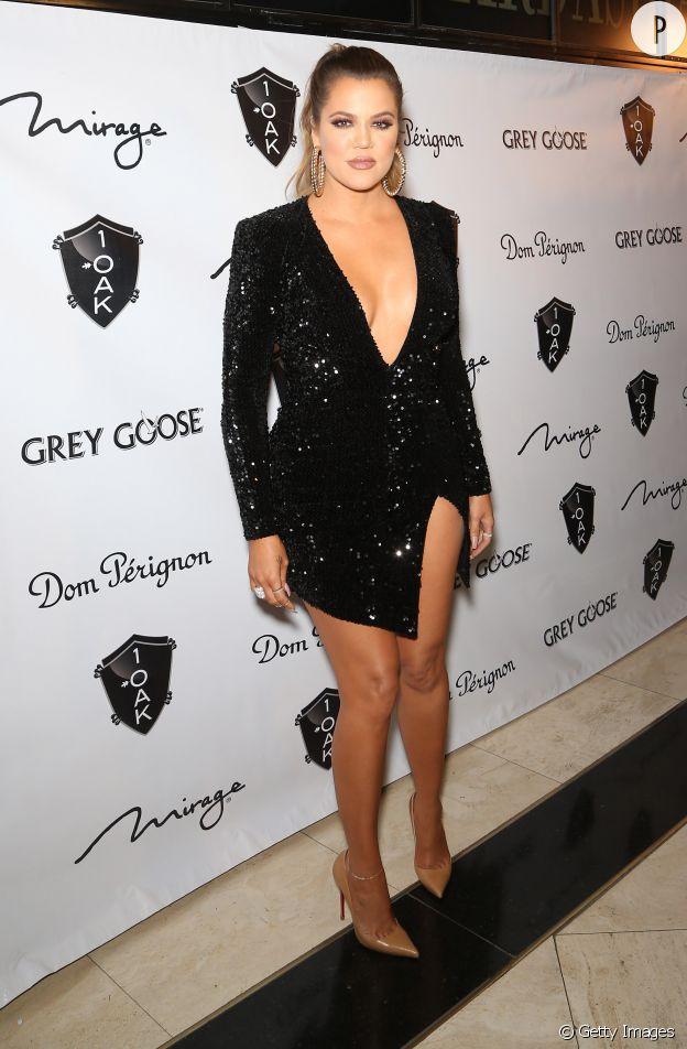 Khloe Kardashian est coutumière du grand déballage sur tapis rouge. Chaud devant !