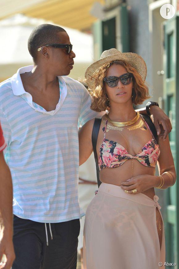 Beyoncé et Jay-Z s'offrent actuellement des vacances en Asie.