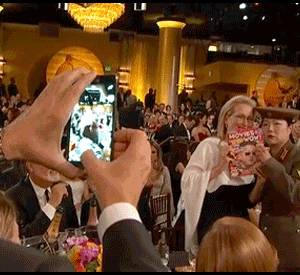 Benedict Cumberbatch photobombing Meryl Streep