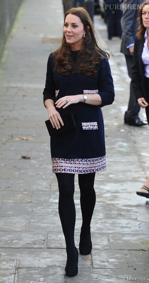 Ce jeudi 15 janvier 2015, Kate Middleton s'est rendue en visite officielle dans une école primaire de Londres, pour le plus grand bonheur de ses admirateurs.