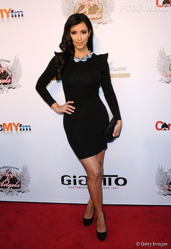 Kim Kardashian, glamour et sobre.