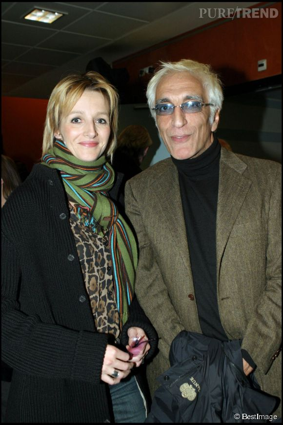 """Gérard Darmon et Christine en 2004. Dix ans plus tard, ils se disaient """"oui"""" dans une mairie parisienne !"""