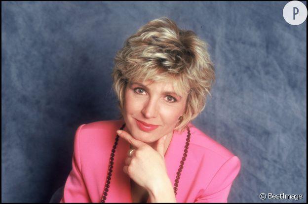 Evelyne Dhéliat a commencé comme speakerine à TF1.