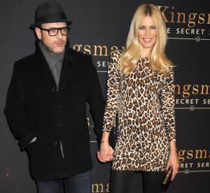 Claudia Schiffer : sublime poupée 60's en léopard pour soutenir son mari