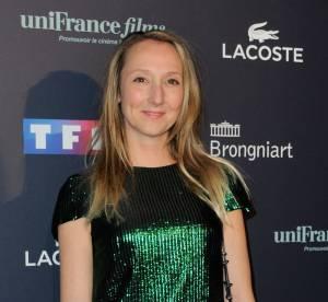 Audrey Lamy dompte la robe glitter avec audace aux Trophées du Film Français