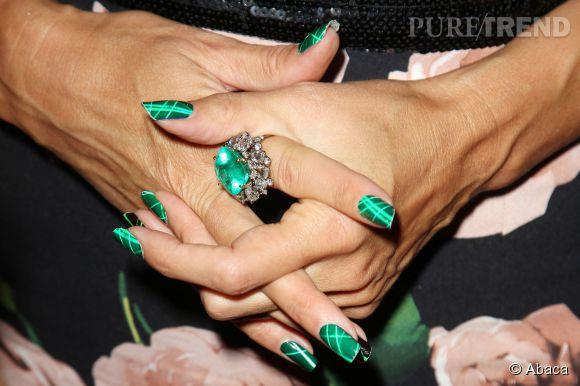 Détail des bijoux Lorraine Schwartz d'Heidi Klum.