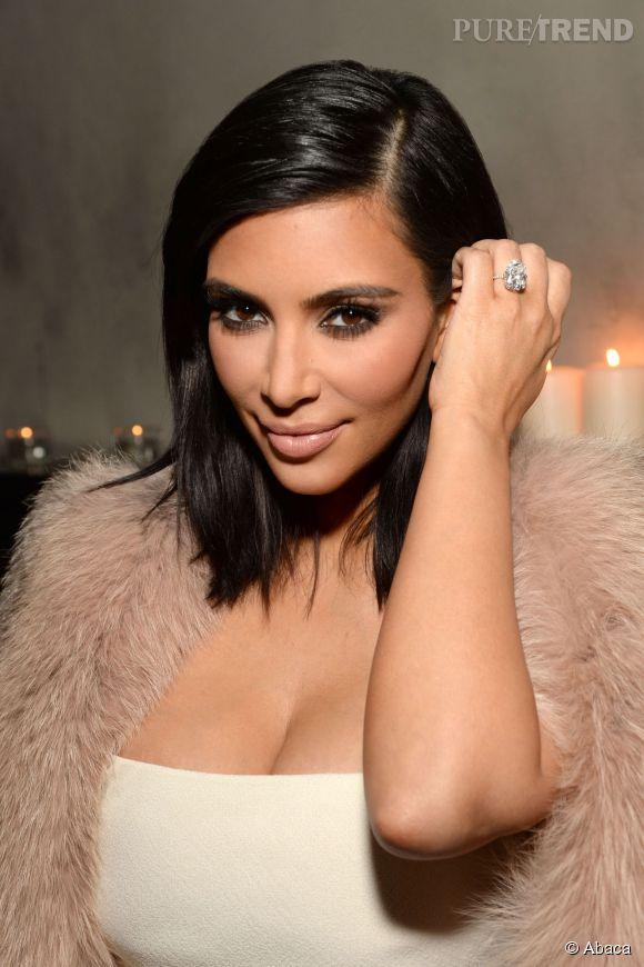 Kim Kardashian et sa bague de fiançailles Lorraine Schwartz.