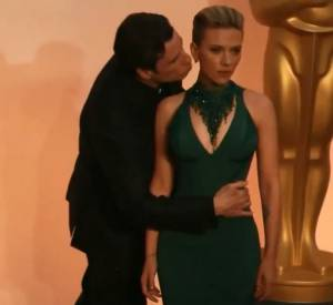 Scarlett Johansson et John Travolta lors des Oscars 2015.