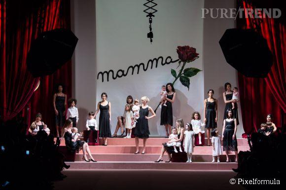 Hommage à la famille chez Dolce & Gabbana Automne-Hiver 2015/2016.