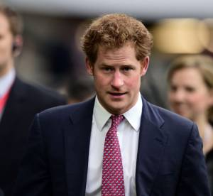 Le prince Harry vieux jeu ? Il déclare la guerre aux selfies