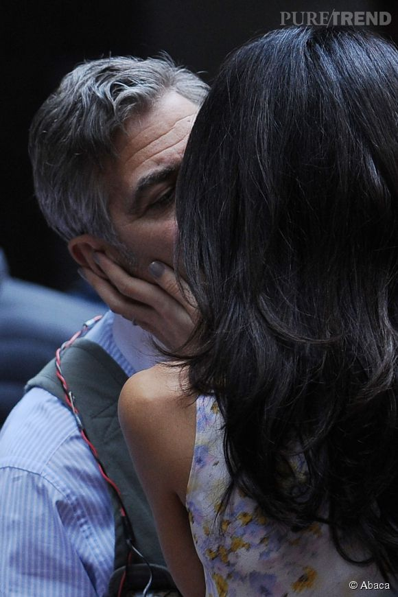 Amal et George Clooney : le fameux bisou !