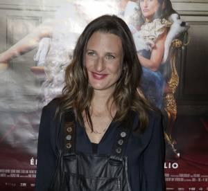 Camille Cottin : la future maman ose la salopette en cuir