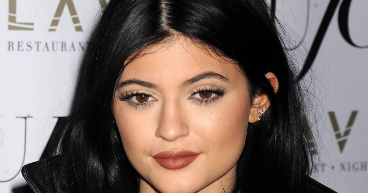 Fabuleux Kylie Jenner : les lèvres gonflées même au naturel, elle ne trompe  RG97