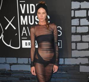 Erin Wasson aux MTV Mideo Music Awards en 2013