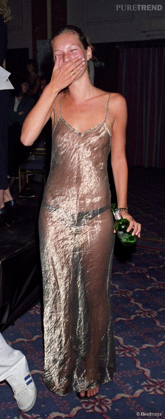 Kate Moss lors de l'élection du look de l'année en 1993