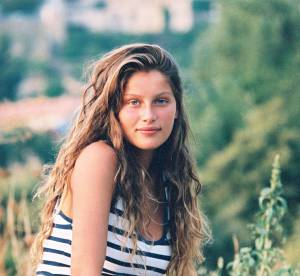 Laetitia Casta, 37 ans : son évolution, de jeune lolita à maman sexy