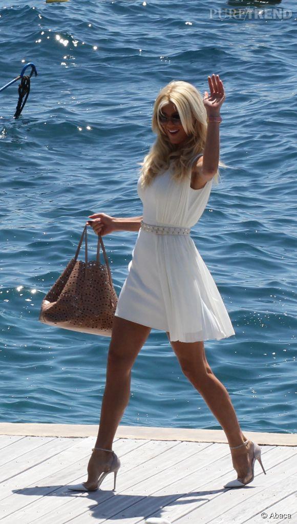 Victoria Silvstedt lors de son arrivée à l'hôtel Eden-Roc d'Antibes le 17 mai 2015.