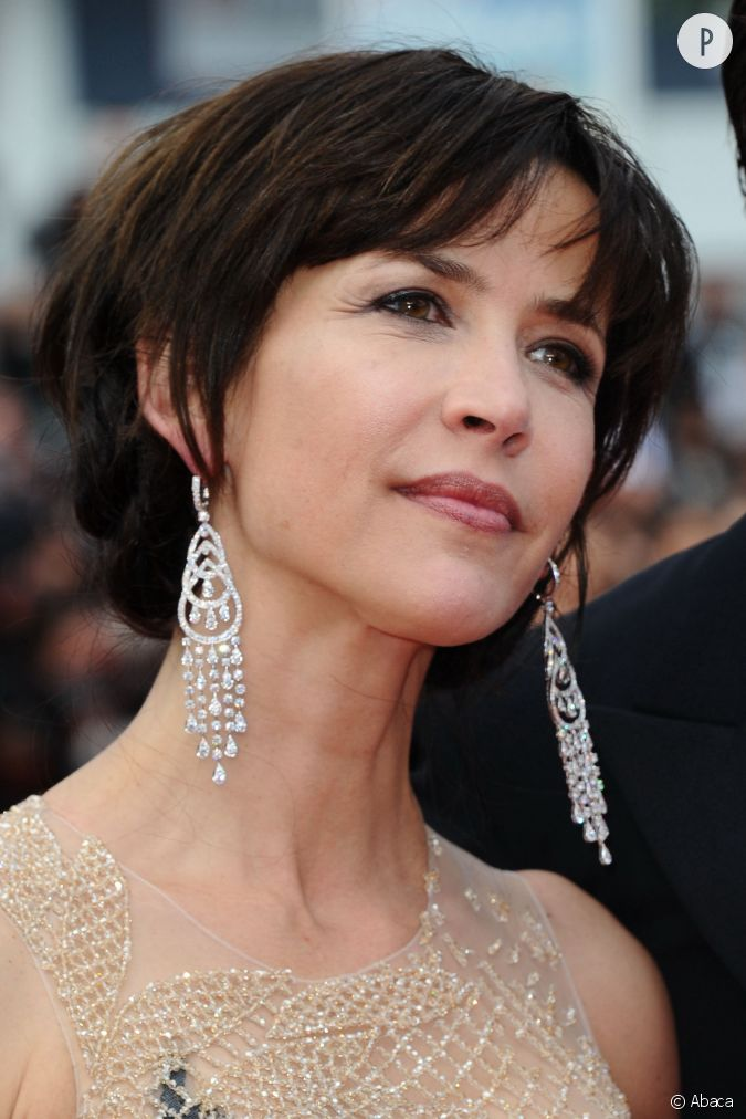 sophie marceau et ses diamants chopard lors du festival de cannes 2015. Black Bedroom Furniture Sets. Home Design Ideas