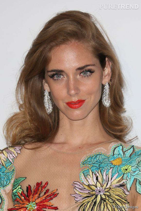 Chiara Ferragni parée de boucles d'oreilles en or blanc et diamants Boucheron lors du Festival de Cannes 2015.