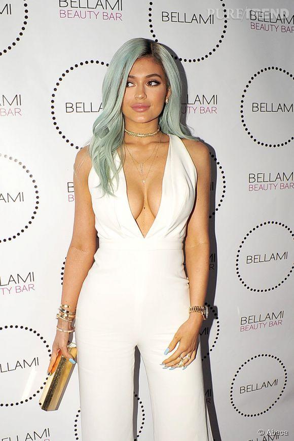 Kylie Jenner, son décolleté est-il le plus beau du clan Kardashian ?