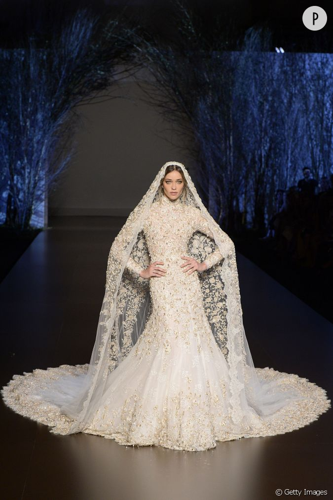 chez ralph russo la robe de mari e reste traditionnelle