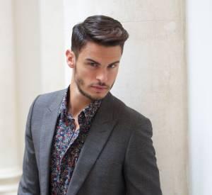 Baptiste Giabiconi, un mannequin qui aurait dû tourner sept fois son pouce avant de tweeter.