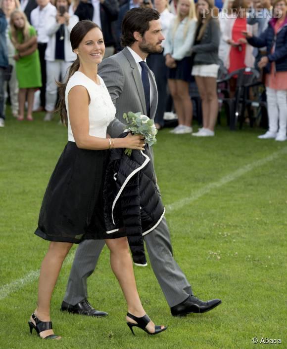 La princesse Sofia, épouse du prince Carl Philip depuis juin 2015, s'est offert sa première apparition officielle.