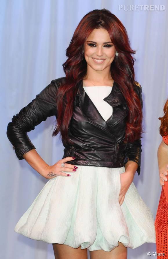 Inspiration coloration rouge : une nuance foncée comme Cheryl Cole.