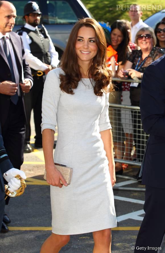 Kate Middleton est rayonnante dans cette robe blanche.