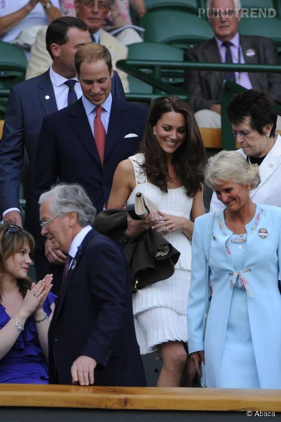 Kate Middleton est superbe dans cette robe signée Temperley London.
