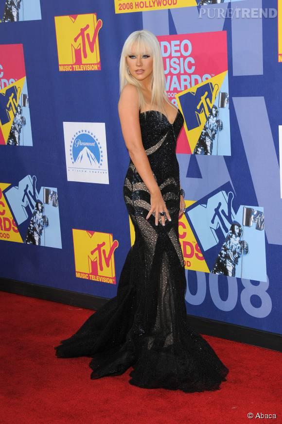 Christina Aguilera a fait le yoyo après ses grossesses.