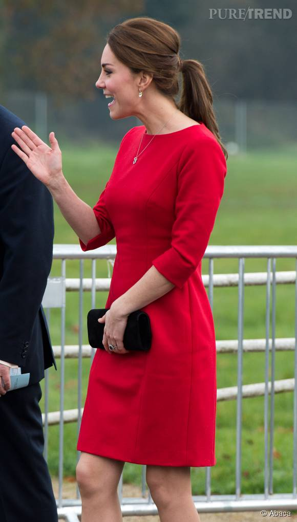 Aujourd'hui, Kate affiche une taille de guêpe.