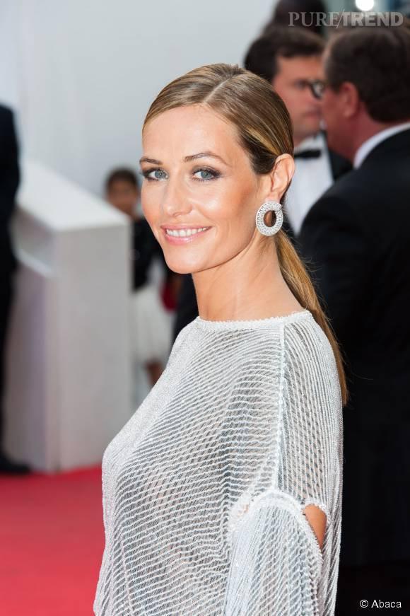 Cécile de France a donnée une interview au mensuel TGV magazine où elle explique être lassée de toujours jouer le même type de rôle.