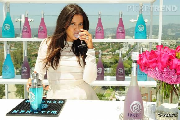 """Khloe Kardashian aura son propre talk show """"Cocktails with Khloe"""" dès la fin 2015."""