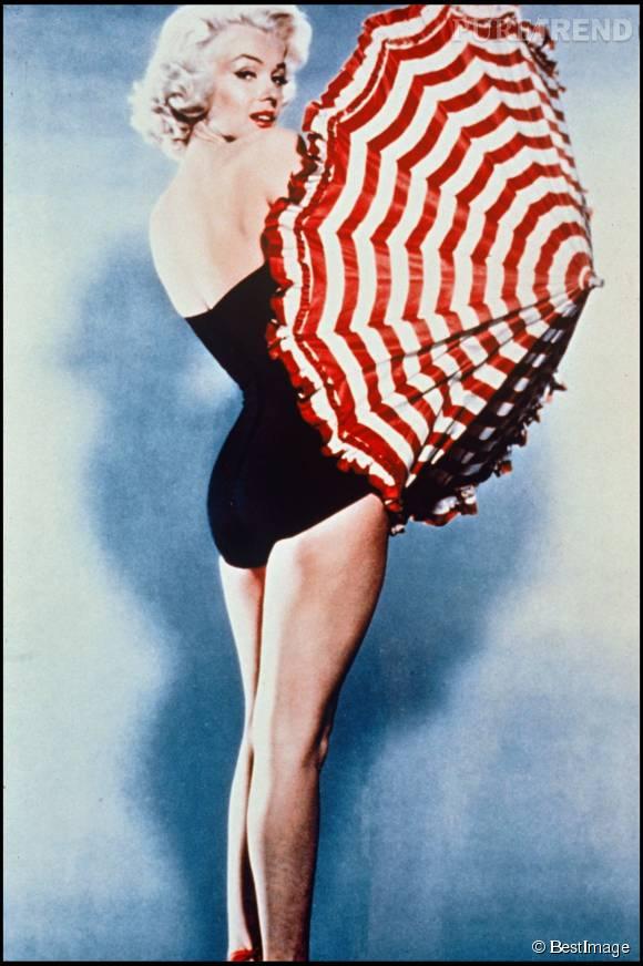 L'iconique pin-up, Marilyn Monroe, la première femme sexy à s'afficher en maillot de bain une pièce.