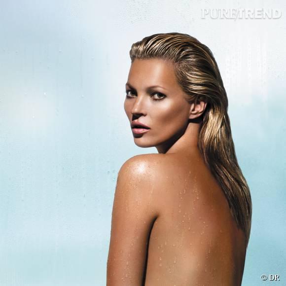 Kate Moss, égérie St. Tropez, est dingue de la nouvelle lotion bronzante à utiliser sous la douche !