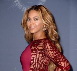 Beyoncé : piscine avec sa fille et jet privé, la diva en vacances