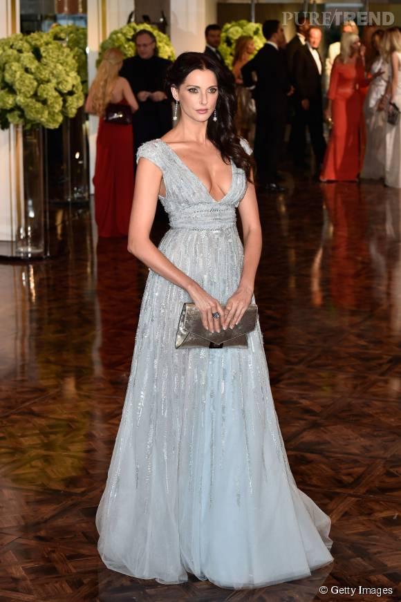 Frédérique Bel, superbe princesse dans sa robe Zuhair Murad au Gala de la Croix Rouge, à Monaco.