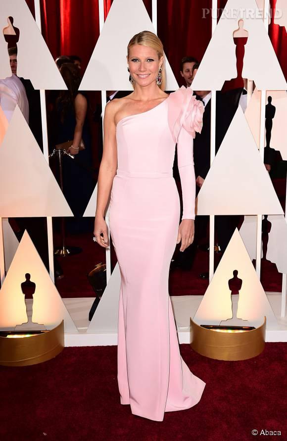Gwyneth Paltrow, glamour dans sa robe de soirée.