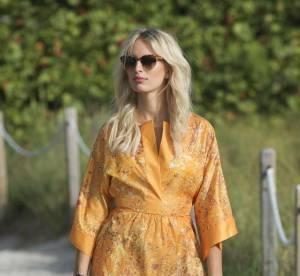 Karolina Kurkova, son look de plage chic et choc à copier