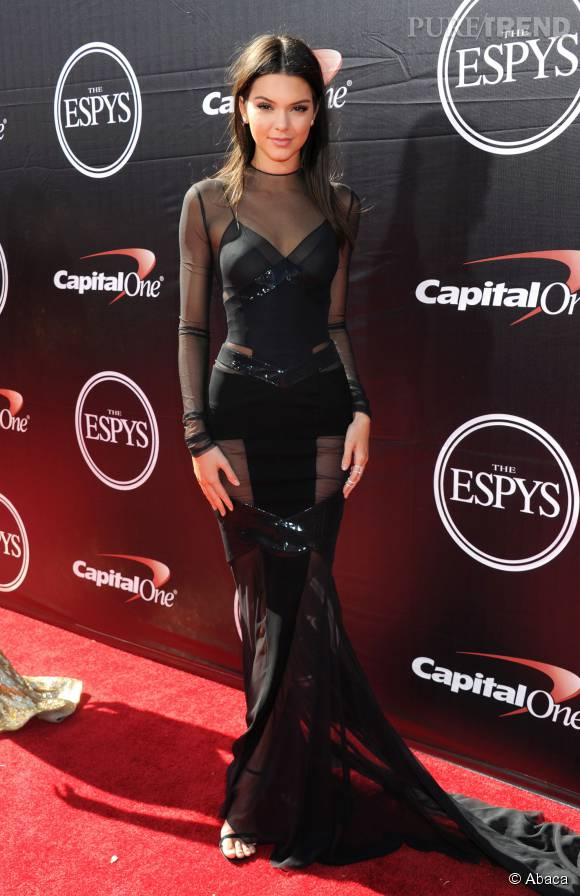 Kendall Jenner, égérie pour Estée Lauder depuis 2014.