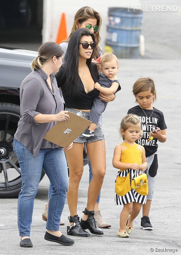 Kourtney Kardashian, bombesque pour l'anniversaire du fils de Tyga