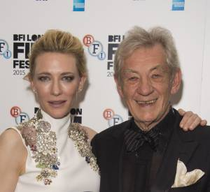 Cate Blanchett s'est vu remettre son prix par Ian McKellen.