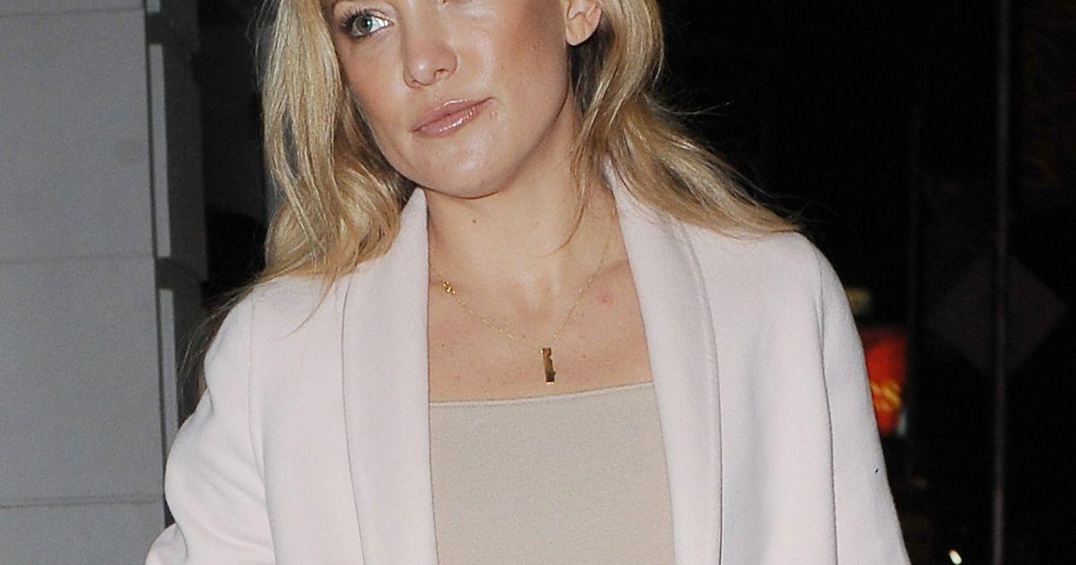 Kate hudson sublim e par une mise en beaut qui s 39 accorde avec sa tenue du soir - Couleur qui s accorde ...